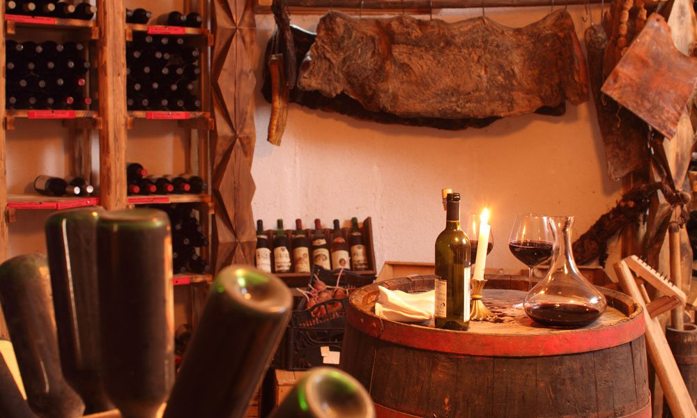 Wine travels along the South Tyrolean Wine Route